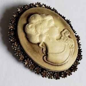 Vintage Cameo brooch or pendant amber rhinestones